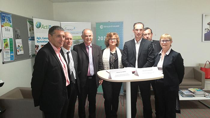Signature Convention de partenariat Communauté de communes du Pays de Dol et de la Baie du Mont St-Michel et la CCI  Ille-et-Vilaine